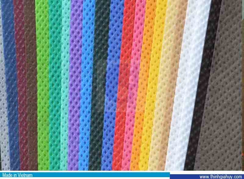 Vải không dệt PP sử dụng trong may mặc